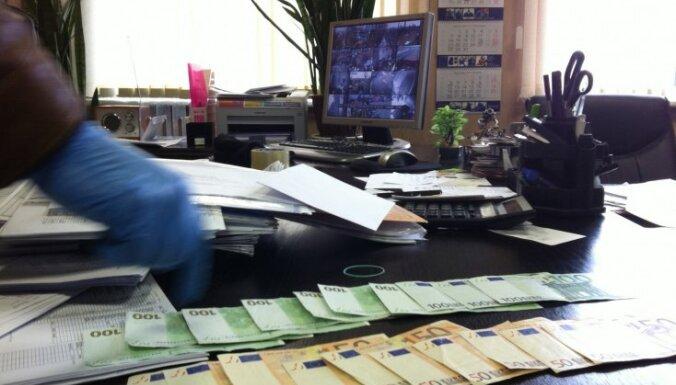 VID atklāj naudas 'atmazgāšanu' caur 80 uzņēmumiem – metāllūžņu tirgoņiem