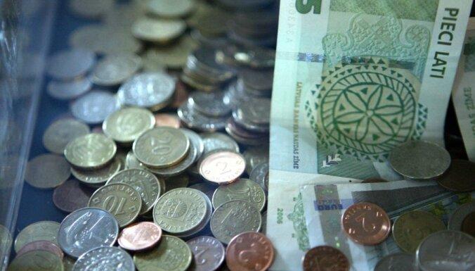 'Nekā personīga': 'Rīgas nami' valūtas spekulācijās ieguldījuši divreiz vairāk; puse naudas, iespējams, pazudusi