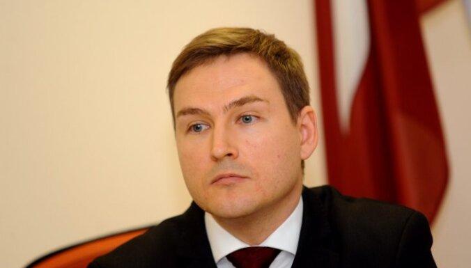 Gunta Liepiņa un Gatis Sprūds piekrituši, bet Broks atteicies kļūt par Saeimas deputātu