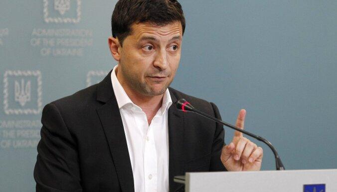 Zelenskis piekrīt 'Šteinmeiera formulai' par Donbasu; Porošenko nosoda