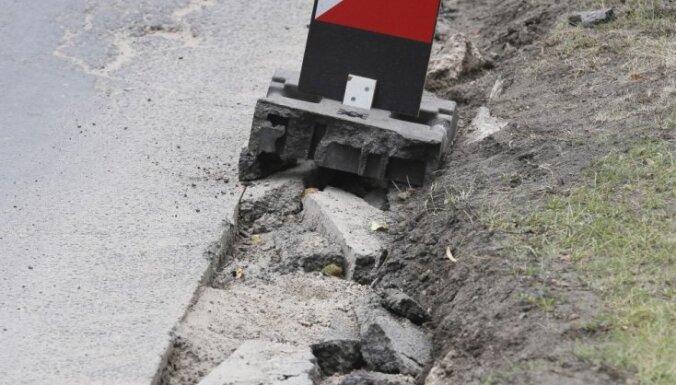 Brīdina par palēninātu satiksmi pēcpusdienā Pierīgā, kā arī Jūrmalas virzienā
