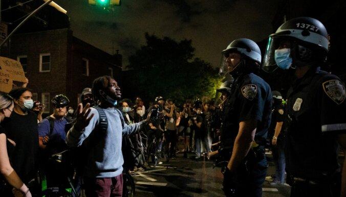 Протесты в США: власти вводят комендантский час и дают агрессивный отпор протестующим