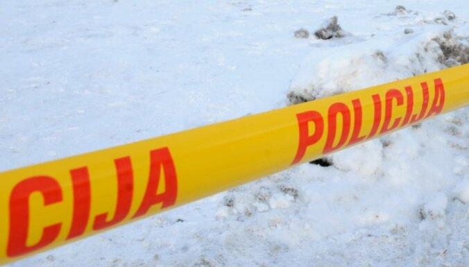 В Кенгарагсе во дворе дома обнаружены взрывоопасные предметы