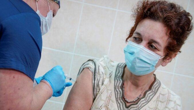 В субботу в Латвии прививки от Covid-19 получили 309 человек