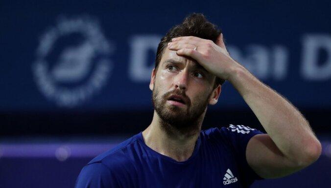 Гулбис проиграл в Роттердаме главному фавориту, Остапенко в Дохе дошла до полуфинала