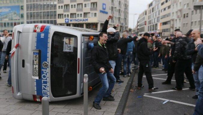 ФОТО: демонстрация в Кельне переросла в столкновения националистов и мусульман