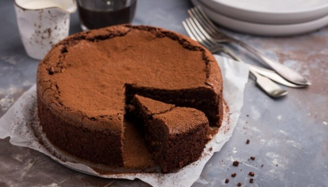 Elementārā šokolādes kūka iesācējiem