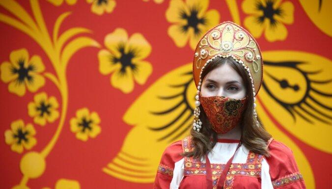 Piektdaļa iedzīvotāju vēlas emigrēt no Krievijas, atklāj aptauja