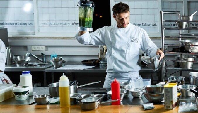 """Попробуйте и влюбитесь. Известный шеф-повар о восточной кухне, """"комфортной еде"""" и идеальном блюде для свиданий"""