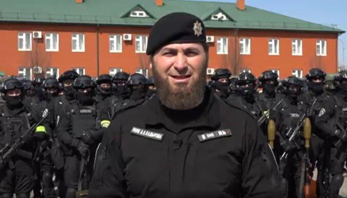 Kadirovieši žēlojas Putinam, lūdz pārtraukt mediju apvainojumus