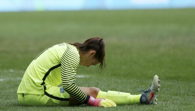Goalie Hope Solo (USA)