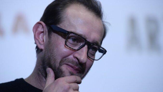 Хабенский, Хаматова и Оксимирон выступили в защиту журналиста Голунова