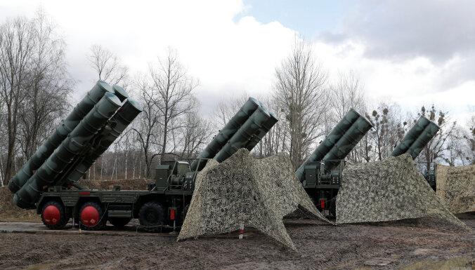 ASV vērs pret Turciju sankcijas par Krievijas zenītraķešu iegādi