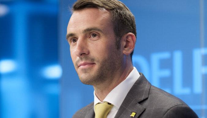 Rīgas mēra amata kandidāts Staķis noliks Saeimas deputāta mandātu