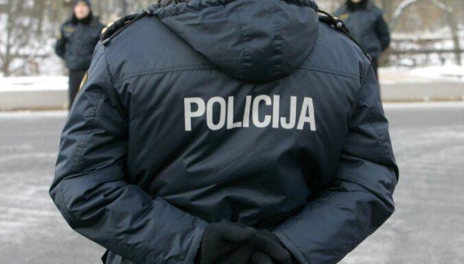 Policija aicina atsaukties bērna notriekšanas aculieciniekus