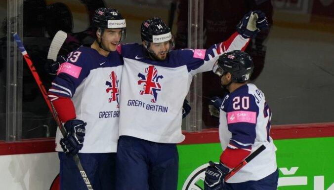 Lielbritānijas hokejisti sensacionāli gūst pirmo uzvaru pamatlaikā kopš 1962. gada
