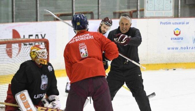 Боб Хартли увез сборную Латвии на турнир во Францию