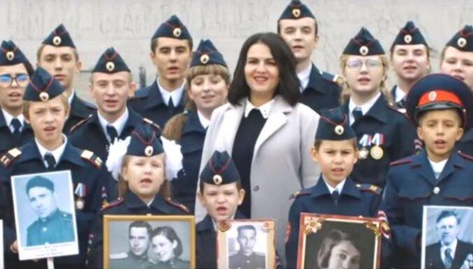 Video: Kadeti dziesmā apliecina gatavību iet 'pēdējā kaujā' par Putinu un atgūt Aļasku