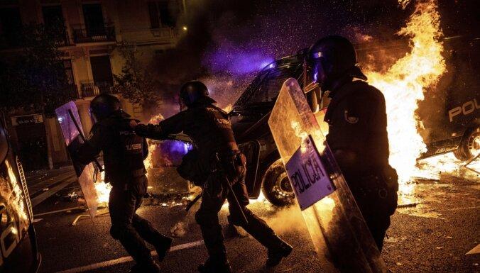 В Барселоне возобновились уличные беспорядки