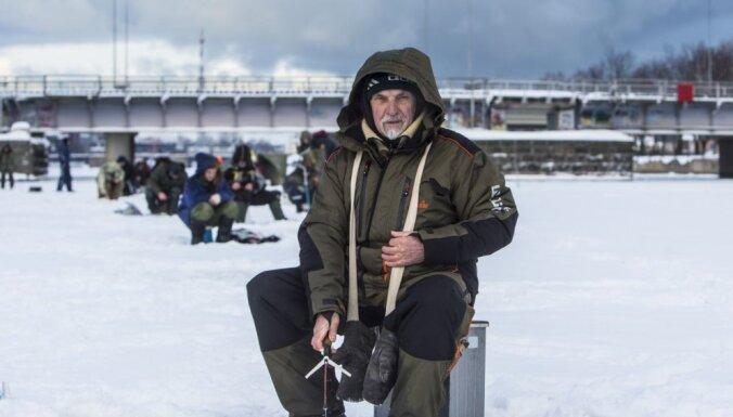 Aicina uz Stinšu svētkiem un ziemas peldēšanu Liepājā