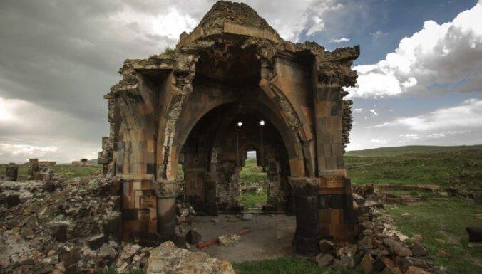 Ani – spoku pilsēta, ko kādreiz varenībā pielīdzināja Damaskai un Konstantinopolei