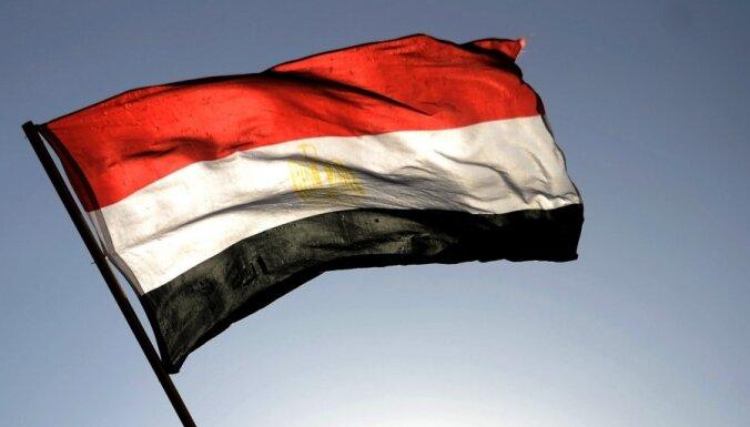 Kairā aizdedzināts Ēģiptes prezidenta vēlēšanu otrās kārtas kandidāta kampaņas štābs