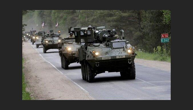 У кого выше, у кого дороже: страны Балтии строят заборы на границе с Россией