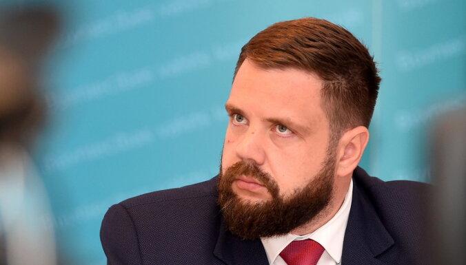 Министр экономики: безответственно молчать о том, как страдает розничная торговля