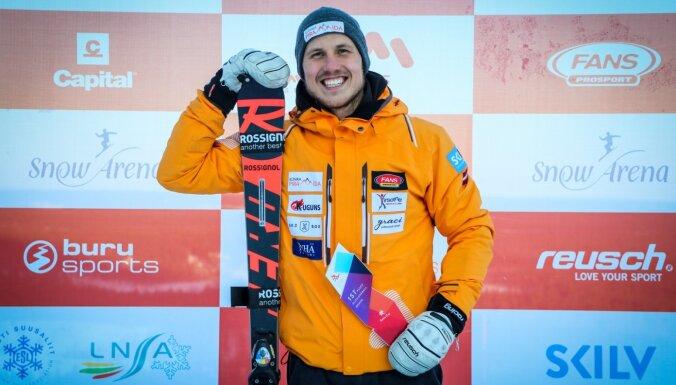 Miks Zvejnieks izcīna uzvaru Baltijas kausā paralēlajā slalomā