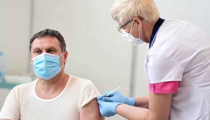 Straume atbalsta Stukāna lēmumu vēlreiz pārbaudīt Covid-19 vakcīnu iepirkumu