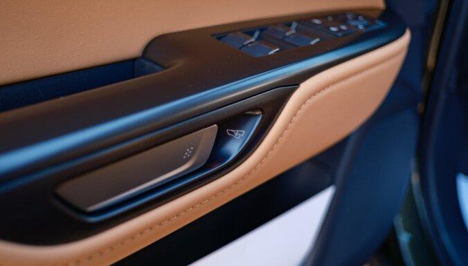 Foto: Spānijā prezentēts jaunais 'Lexus NX' apvidnieks