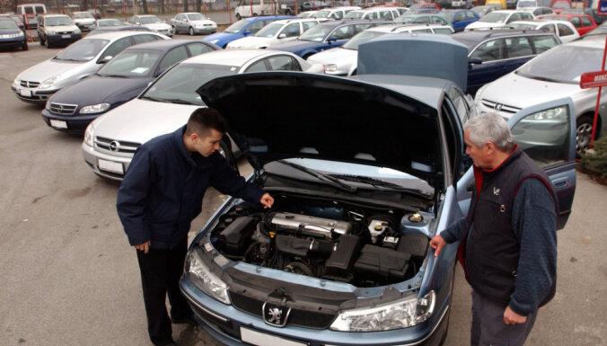 Eksperts: Ar kompleksiem risinājumiem jāizskauž ēnu ekonomika lietotu auto tirgū