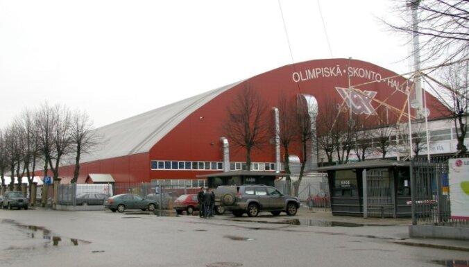'Skonto' hallē atklās modernu mākslīgo futbola laukumu