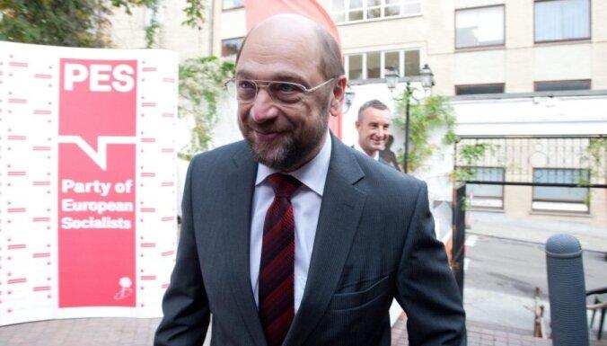 Президент Европарламента Шульц подал в отставку