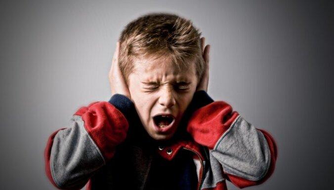 Vājprātīgais troksnis skolas starpbrīžu laikā. Vai un kā tas kaitē bērnu veselībai
