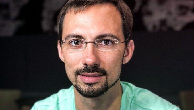 Vlads Jacenko: Mākslīgā intelekta kritiķi visvairāk bīstas par savas varas zaudēšanu
