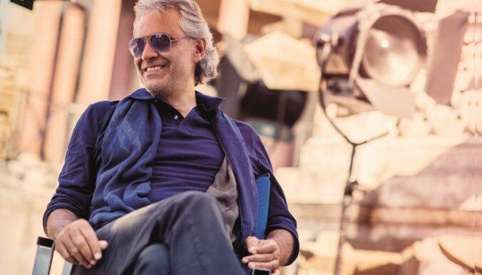 Latvijā atgriezīsies leģendārais Itālijas tenors Andrea Bočelli
