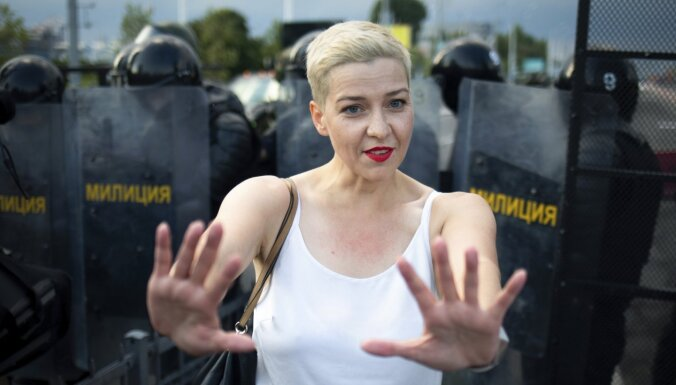 Baltkrievijas opozicionāre Koļesņikova kopā ar Babariko dibina jaunu partiju