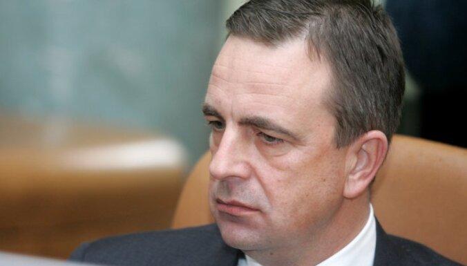 """Ронис: Домбровскис высмеивает своих министров, """"Единство"""" боится ответственности"""
