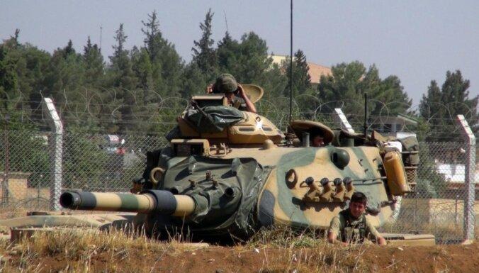 Erdogans: Turcija gatava kopā ar ASV atkarot 'Daesh' Raku