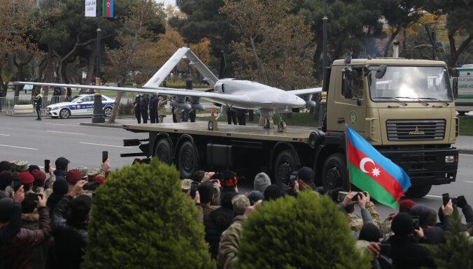 Kanāda pēc dronu nodošanas Azerbaidžānas rīcībā apturējusi bruņojuma piegādi Turcijai