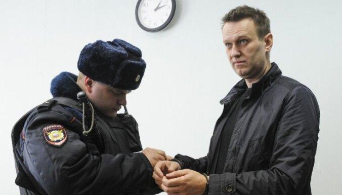 """""""Нам говорят: """"Ждите!"""": как Навального прячут от адвокатов и где он может находиться"""