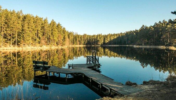 Niedrāja ezers un tā apkārtne – pastaigu un atpūtas vieta Smiltenes pusē