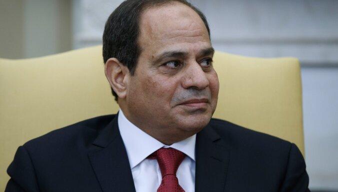 Ēģiptes iedzīvotāji atbalsta prezidenta amata termiņa pagarināšanu