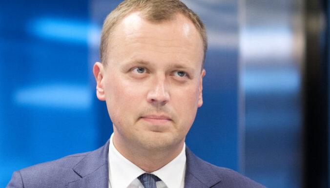 Некомпетентность и подрыв престижа. СЗК потребовал отставки министра Шуплински