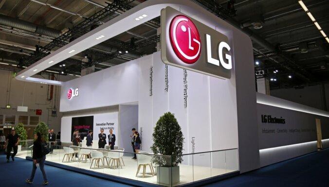 'LG' pieliek punktu viedtālruņu biznesam