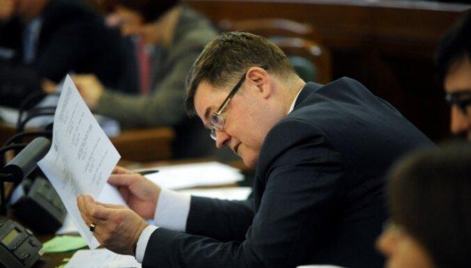 Депутатов унизило предложение о необходимости углубить их знания
