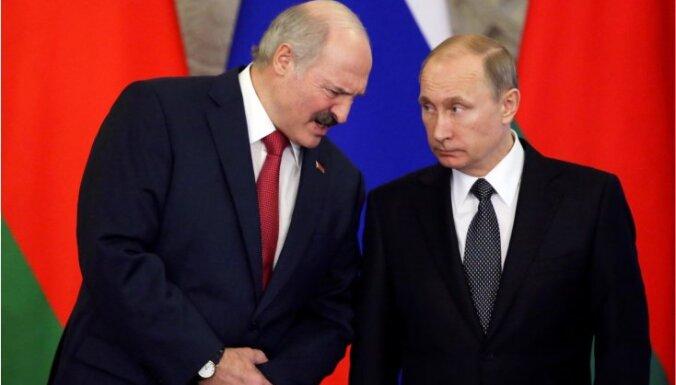 Глава ЦРУ обвинил РФ в многолетних попытках подорвать демократию