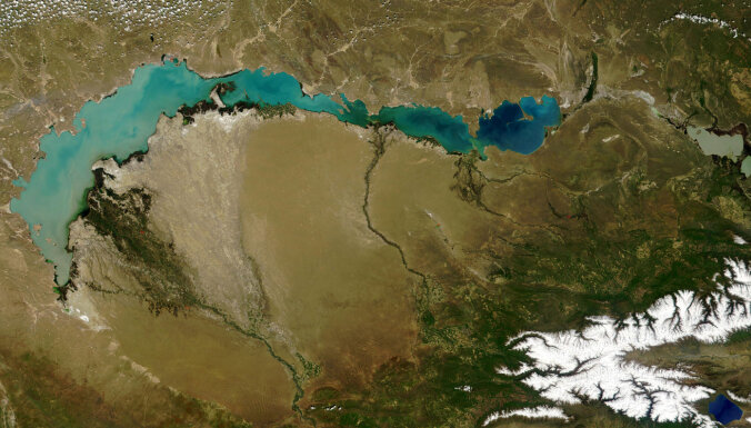 Balhašs: Sāļi saldais Kazahstānas milzis, kam draud Arāla jūras liktenis