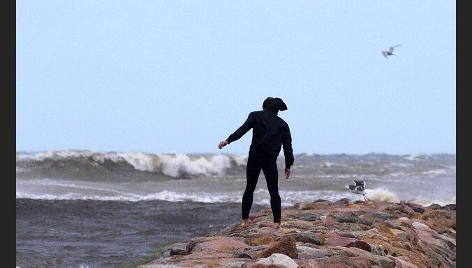 Ураган Joda: к вечеру в Вентспилсе ветер — 28 метров в секунду, в Риге — 21 метр в секунду